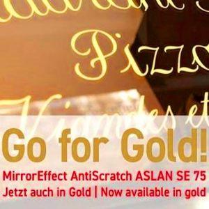 Hochglänzender Spiegeleffekt in Gold